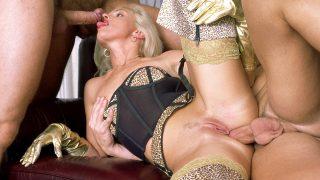 Christina Is an Amazing.. Private.com – moviesxxx.cc
